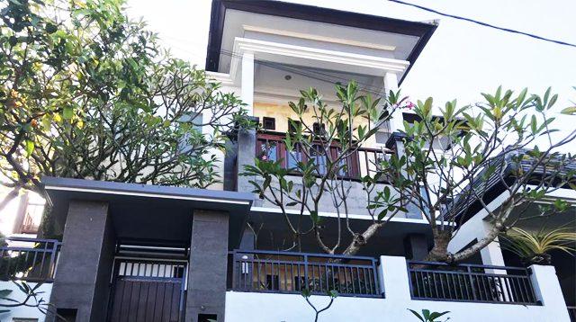Rumah di Uma Dewi Residence